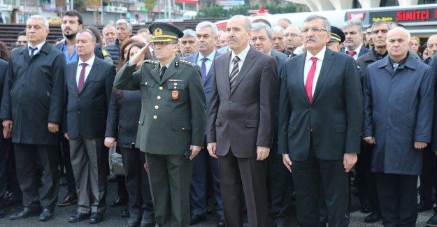 10 Kasım Zeytinburnu'nda Saygı İle Anıldı