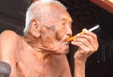 145 yaşındaki Mbah Gotho: İstediğim tek şey ölmek