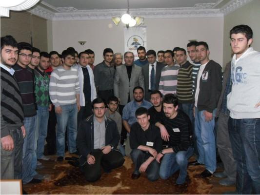 Ak Parti İBB.Meclis Grup Başkanı Ergün Turan Öğrencilerle
