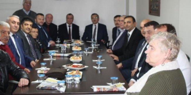 18 Yıllık Belediye Başkanlığında İkinci Kez CHP İlçe Binasına Ziyaret