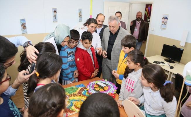 """Başkan Aydın """"En önemli vizyonumuz eğitim"""""""