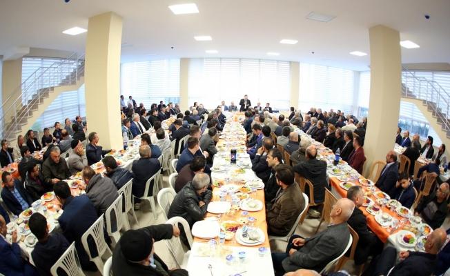 Başkan Kadıoğlu, Kıraç kanaat önderleriyle buluştu