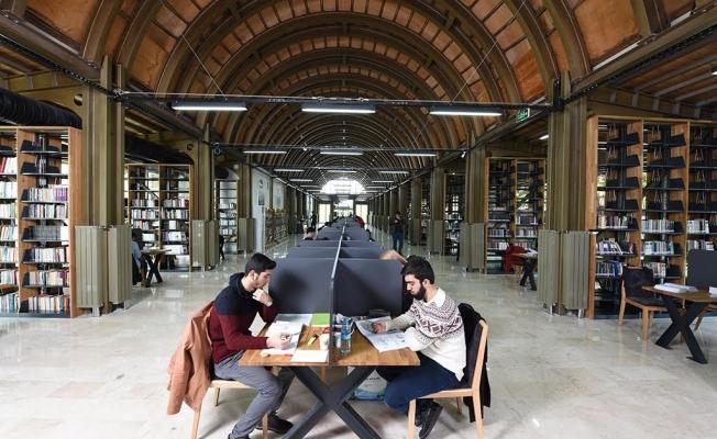 İstanbul 24 Saat Açık Bir Kütüphaneye Daha Kavuştu