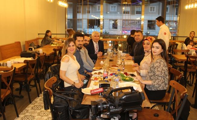 İstanbul Times Ailesi Yemekte Bir Araya Geldi