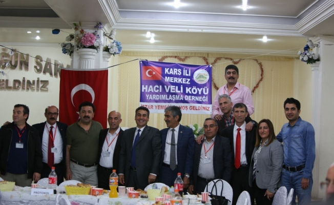Kars Hacıveli Köyü Derneği  Üyeleri  İftar'da Bir Araya Geldi