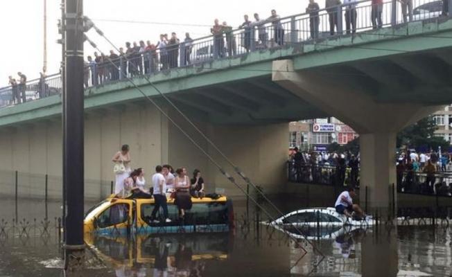AKOM'dan 4 ilçeye şiddetli yağış uyarısı