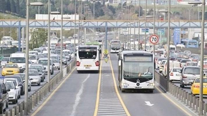 Metrobüs güzergâhlarında değişiklik hakkında İETT açıklama yaptı
