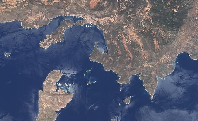 Milli uydumuz RASAT Antalya Kaş'ta çıkan orman yangınını görüntüledi