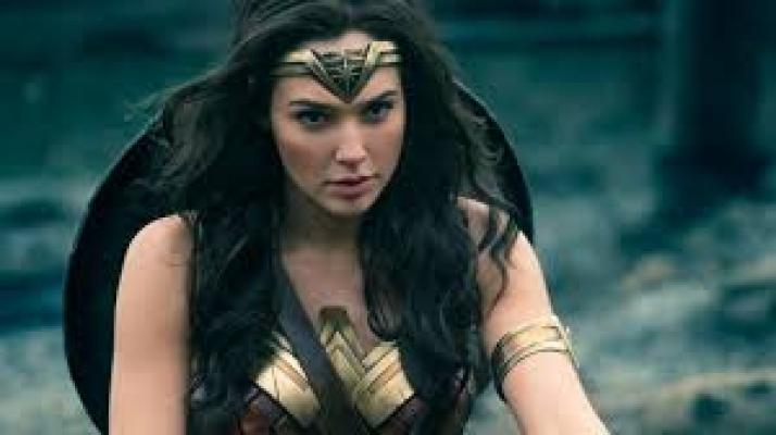 Wonder Woman (Gal Gadot) bu kez kazancıyla gündemde