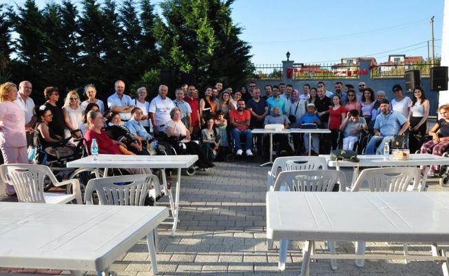 Hüsnü Ayık (Omurilik Felçlileri ) Bakım Merkezi' nde Dostluk Konseri düzenlendi