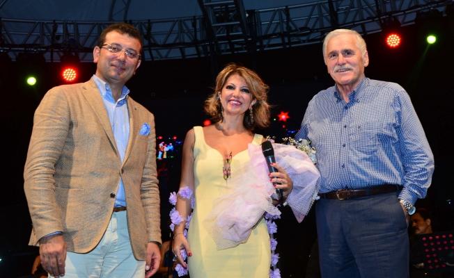 İmamoğlu faaliyet sunumunda Kültür Merkezi müjdesi verdi
