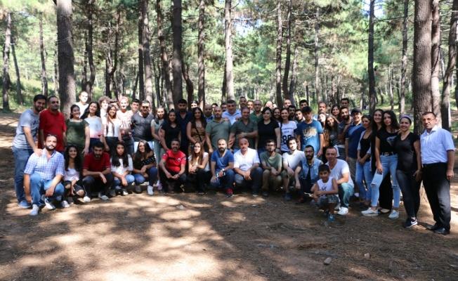 Kartal  Belediyesi dernek üyeleri ile birlikte Aydos Ormanı' nı temizledi