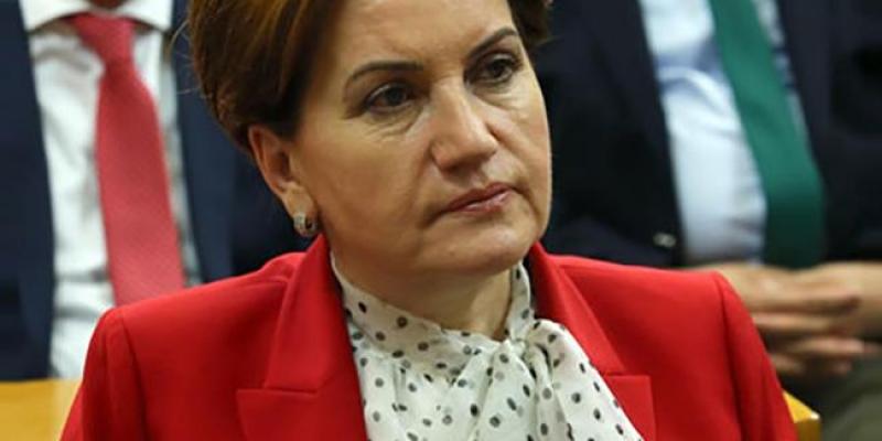Meral Akşener Avcılar'da Basın mensuplarına açıklamalarda bulundu