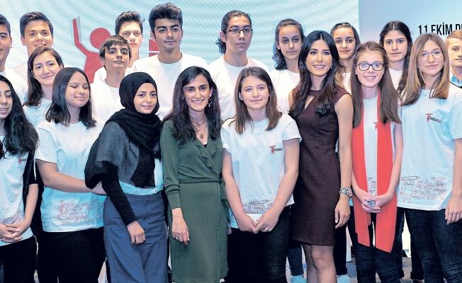 Kızlar için dünya İstanbul'da buluştu