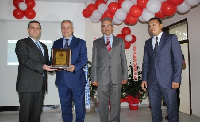 Op.Dr. Hüseyin URLU  İlk Okulunu Unutmadı