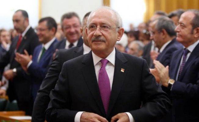 CHP lideri Kılıçdaroğlu'ndan öğretmenler için meslek yasası ve ikramiye çağrısı