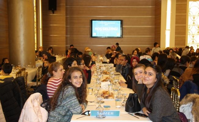 Geleceğin Türkiye'sini İnşa Edecek Gençler Kahvaltıda Buluştu
