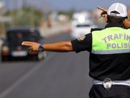 Üçüncü kez alkollü yakalanan sürücü: Vatan haini miyiz