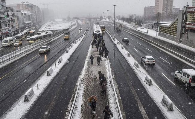 İstanbul'a Sibirya üzerinden soğuk hava ve kar yağışı geliyor