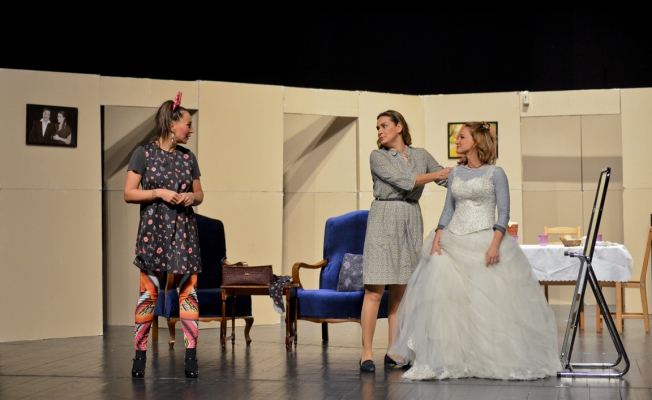 """""""Evlilik Curcunası"""" Maltepe'de sahnelendi"""