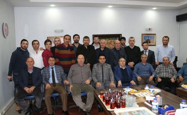 Niğde Merkez Tepeköy Derneği Üyeleri Kahvaltıda Buluştu