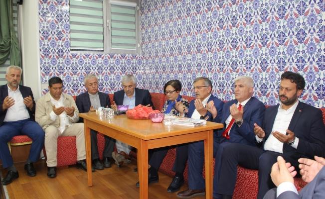 Hacı Remzi Çetiner üç Kıtada Rahmetle Yad edildi