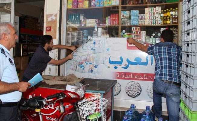 Esenyurt'ta Suriyeli esnafa Türkçe tabela ayarı