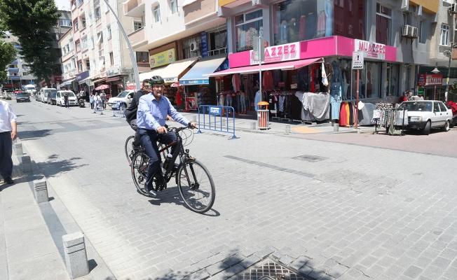 Başkan 500 Bisikletliyle Trafikte!