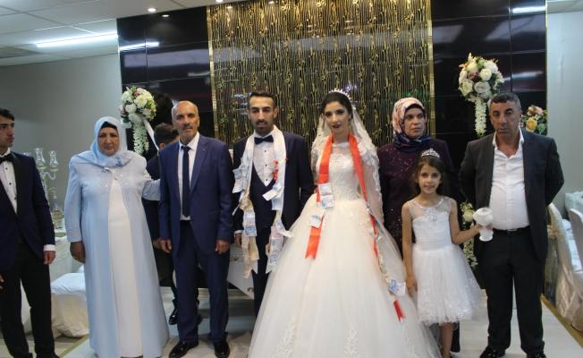Narin ve Bilal Muhteşem Bir Düğün İle Dünyaevine Girdiler