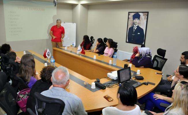 Avcılarlı Kadınlara Kaygı Bozukluğu ve Baş Etme Yöntemleri Eğitimi