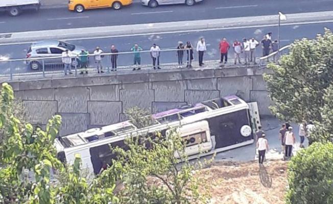 İstanbul Sarıyer'de otobüs devrildi: 1 yaralı