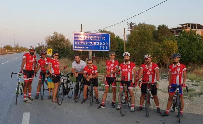 Avcılarlı Bisikletçiler; Ata'ya Saygı Turu'nda