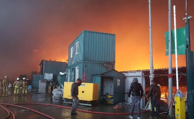 Son dakika: İstanbul Esenyurt'ta yangın!