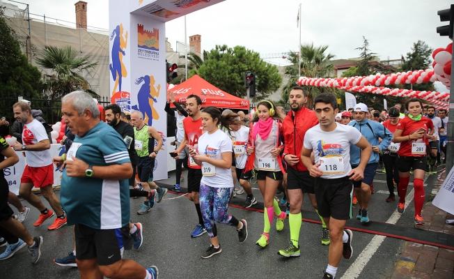 Zeytinburnu'nda Pazar Günü Trafiğe Dikkat