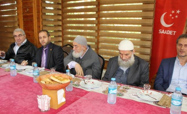 SP İlçe Başkanı Dr.Mikail Kabak Kanaat Önderleri ile bir araya geldi
