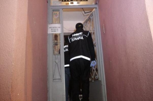 İstanbul'da farklı adreslere uyuşturucu operasyonu