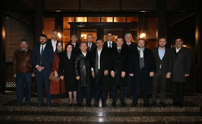 Arısoy Aday adayları ile istişare etti