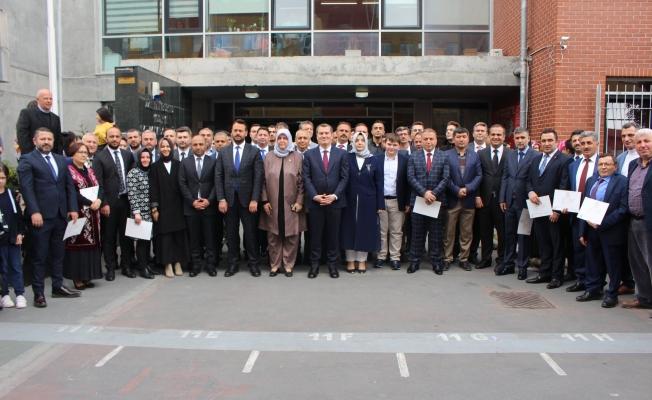 Başkan Arısoy ve Meclis Üyeleri Mazbatalarını aldı