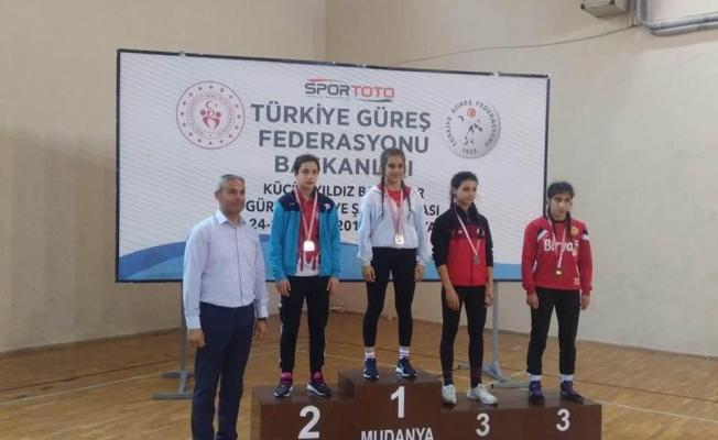 Esenyurt'un yıldızları Türkiye Şampiyonu