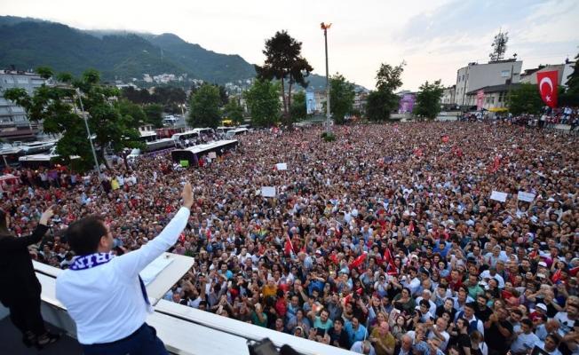 Başkan İmamoğlu Ordu'da horona durdu vatandaşlar ışık tuttu!