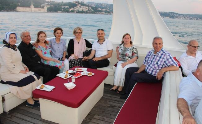Çamlık Hastanesi 30.Yılını Boğaz Turu ile Kutladı
