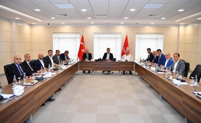 AK Partili Başkanlar Toplantıya Katılmadı.