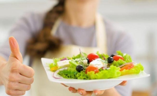 Sağlıklı kalmak için beslenme konusunda bilimsel bilgi şart!
