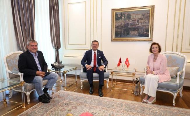 """Osmanlı Prensesi"""" Zeynep Osman'dan İmamoğlu'na: Ümidimiz oldunuz"""