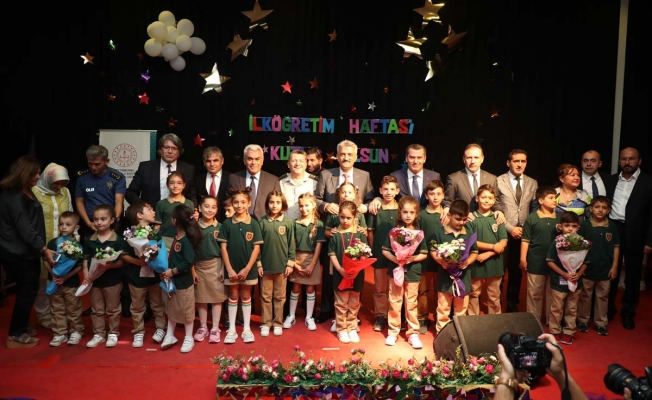 Zeytinburnu'nda Okul Heyecanı Başladı