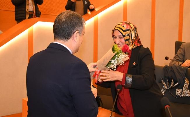 Başkan Bozkurt 5 Aralık'ı Unutmadı