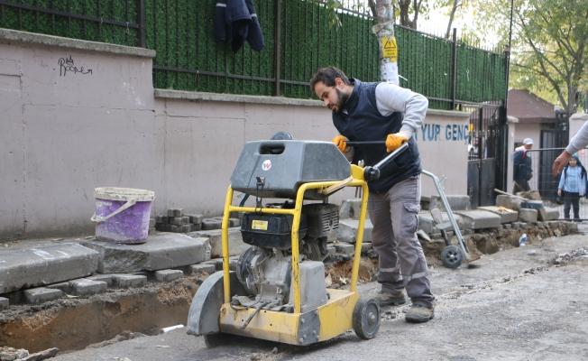 Kartal'da Kaldırım Yenileme Ve Yol Bakım Çalışmaları Devam Ediyor