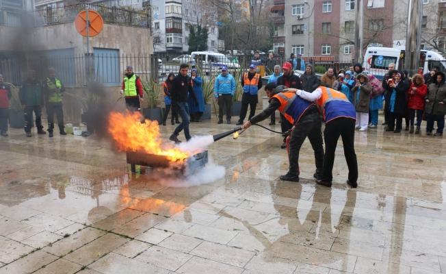 """Eyüpsultan Belediyesi'nde """"Acil Durum Tahliye Tatbikatı"""" Yapıldı"""