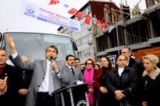 Fatih Belediyesi'nin Ücretsiz Metrobüs Servisi
