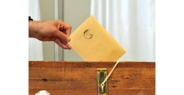 4 siyasi parti, 48 milletvekili adayını değiştirdi